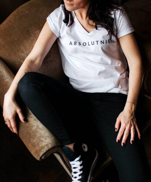 animush t-shirt biały z nadrukiem absolutnie