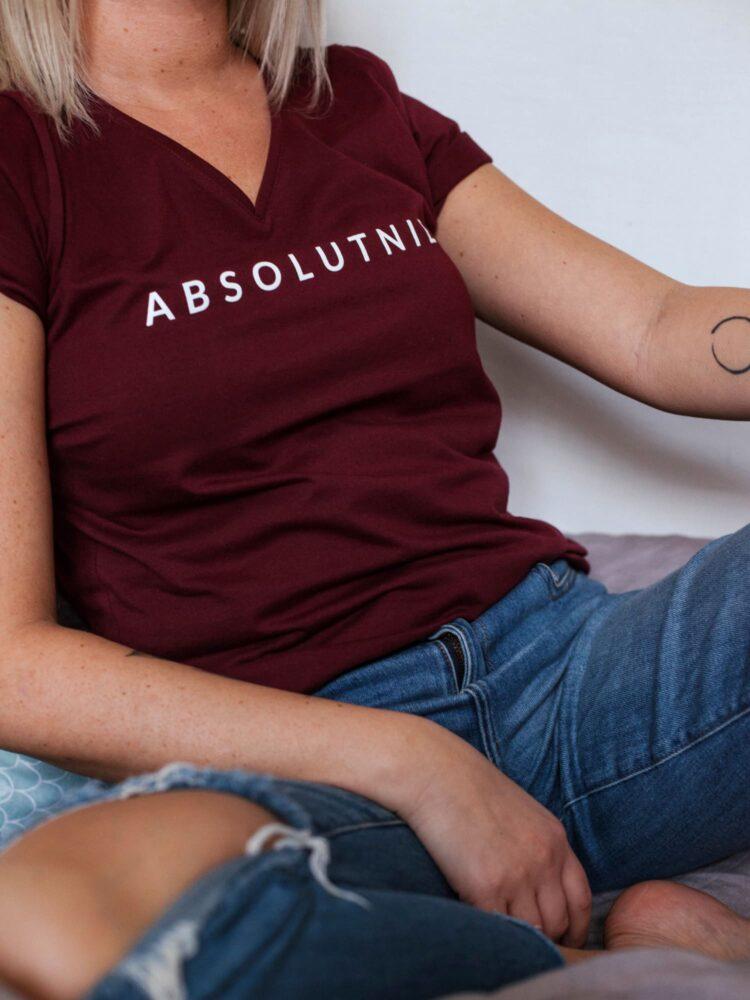 animush t-shirt bordowy z nadrukiem absolutnie