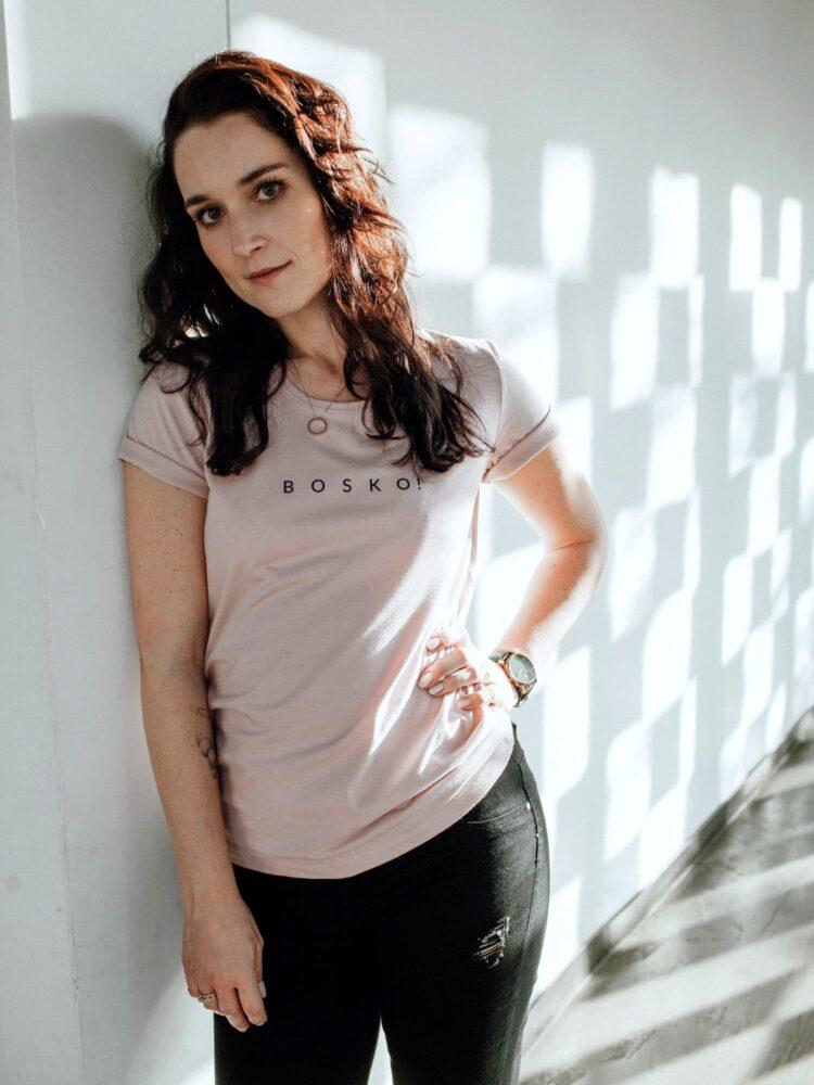 T-shirt pudrowy róż BOSKO!