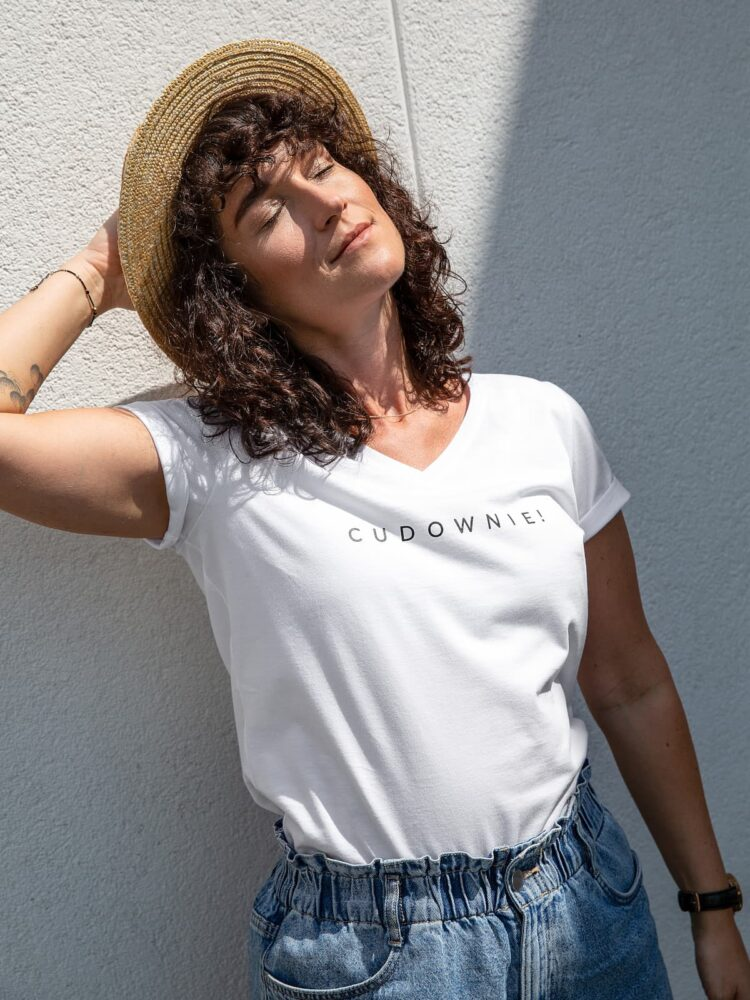 animush t-shirt biały cudownie